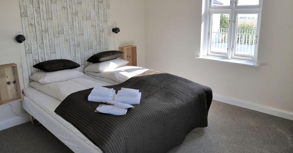 Dobbeltværelse med fælles bad og toilet - Stevns Klint Strandpension